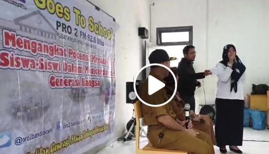 Talkshow Prestasi dan Kreativitas Siswa-Siswi SMAN 1 dalam Siaran RRI Pro 2 Banda Aceh Goes To School