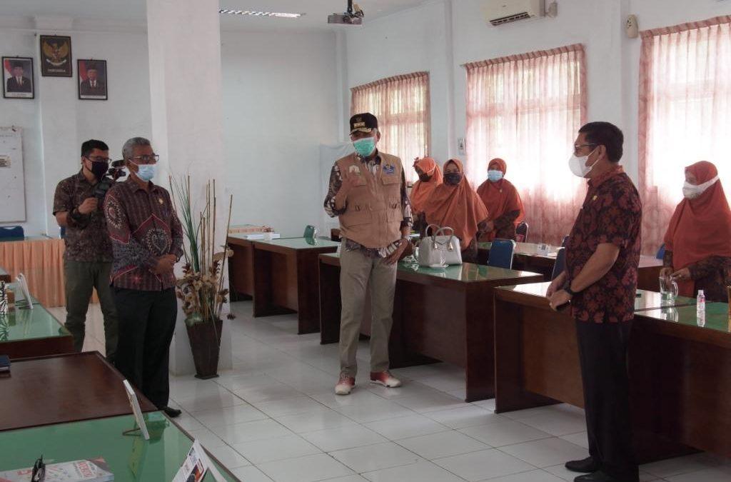 Gubernur Aceh, SMAN 1 Terus Kawal dan Jaga Protokol Kesehatan dalam Pembelajaran Tatap Muka