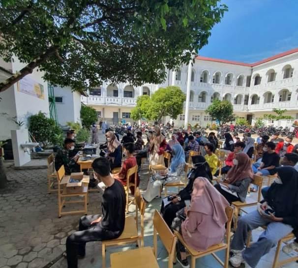 SMAN 1 Banda Aceh Laksanakan Vaksinasi di Sekolah